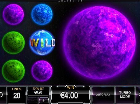 Призова комбінація з диким знаком в ігровому автоматі Stars Awakening
